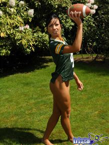 Amateur model goes bottomless while throwing around a football