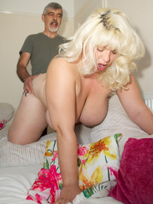 Mature fatty Gina George gets on her knees nude for deep doggystyle & creampie