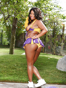 Black cheerleader Monique Symone showing off her boobs in driveway
