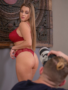 Amateur model Josephine sucks and fucks her photographer's big dick