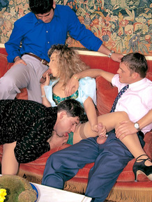 White chick from the seventies sucks cock after doing a DP during a gangbang