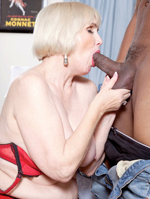 Older woman Lola Lee realizes her fantasy of fucking a black man