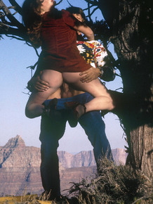 Some fresh air in the Grand Canyon is all it takes for this couple to fuck