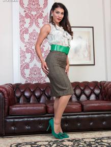 Slutty mature fetish model Roxy Mendez pulls aside her sheer undies to finger