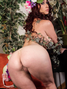 Red-haired milf Tiffany Mynx teases you in her Mother Nature costume