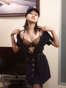 Asian cuttie Alexa does dirty dancing and seductive foreplay
