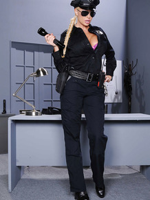 Dirty-minded blonde police officer uncovering her gorgeous curves