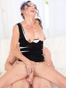 Hot older lady with dyed hair Sadie Sommerville gets banged by her toy boy