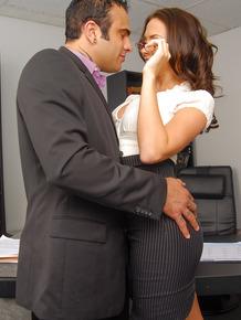 MILF secretary Chanel Preston getting fucked by Sascha on desk in office