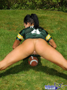 Sexy packers fan Trista Stevens playing football butt naked