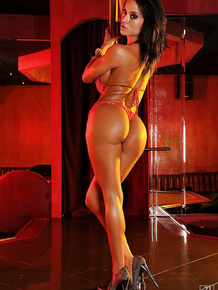 Seductive babe in sexy lingerie Franceska Jaimes does some pole dancing