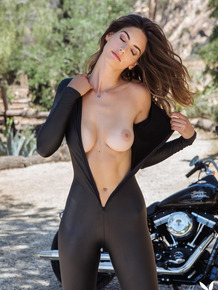 Great looking college babe Lis Giolito posing in the nature in sexy outfits