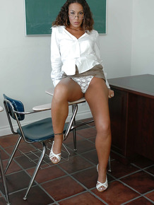 Teacher Adriana Deville craves to be fucked in her juicy ass