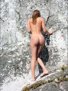 Smiley blonde beauty rock with nice hard nipples hot ass rock climbing naked