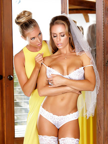 Babes Nicole Aniston and Samantha Saint are undressing for lesbian sex