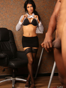Brunette chick Atlanta Moreno watches an employee of her's jerk off