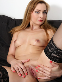 Kinky housewife Luca Bella gets butt fucked by a BBC while hubby eats her twat