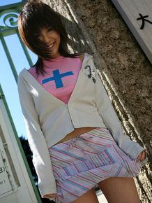 Cute Japanese girl Azumi Harusaki exposes her up skirt panties outdoors