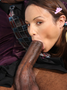 Young slut Amber Rayne takes a BBC cock up her asshole while her dad watches