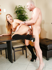 Carter Cruise enjoys an hardcore ass fucking action with her bf