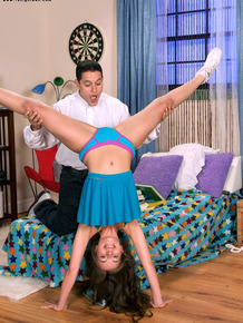 18 year old cheerleader seduces and fucks her stepbrother