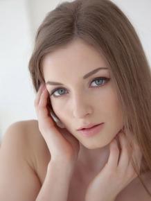Strikingly pretty Molly V peel tight dress to reveal tight teen body naked
