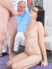 Nerdy brunette loses her virginity while her attendant father watches on
