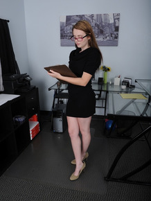 Nerdy young girl embarks on showing off her naked pussy for the first time